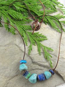 Easy DIY Necklace Tutorial With Art Beads & WoolyWire