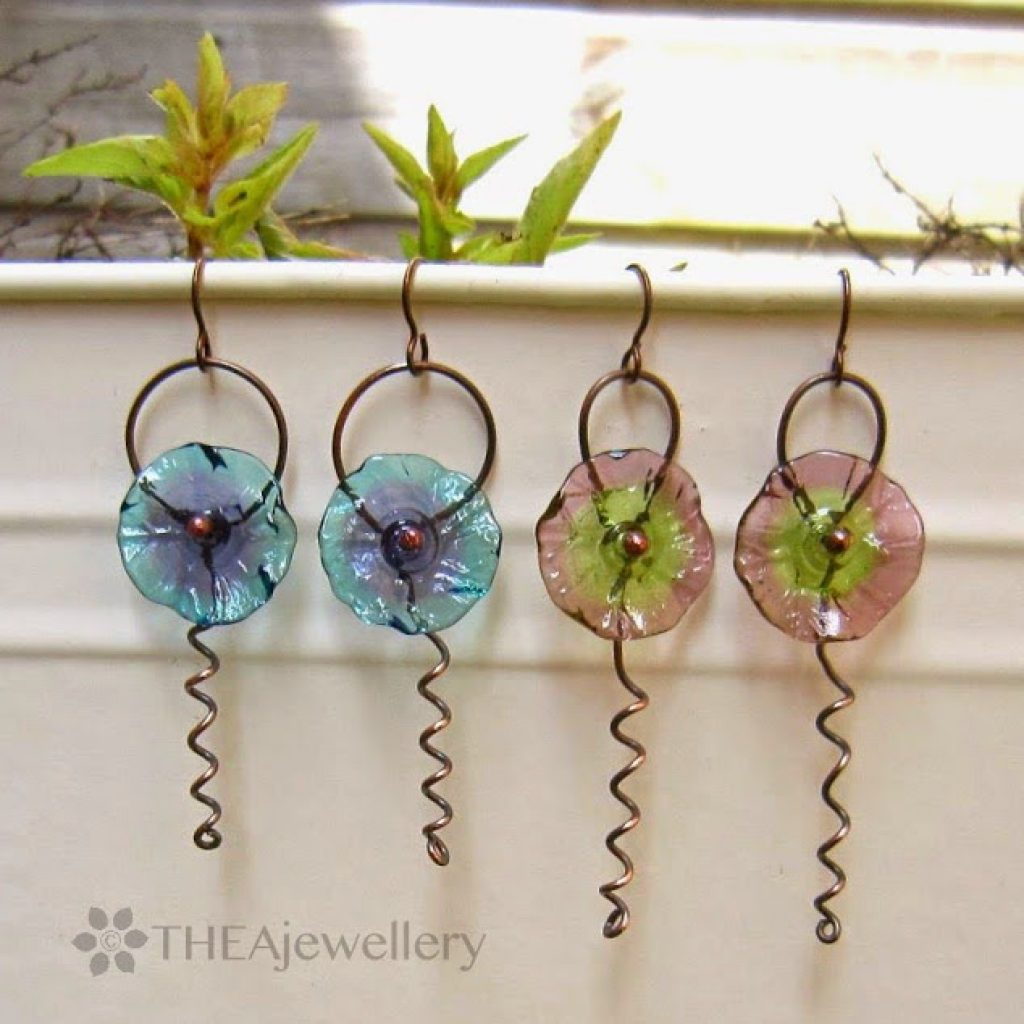 Flower tendril earrings