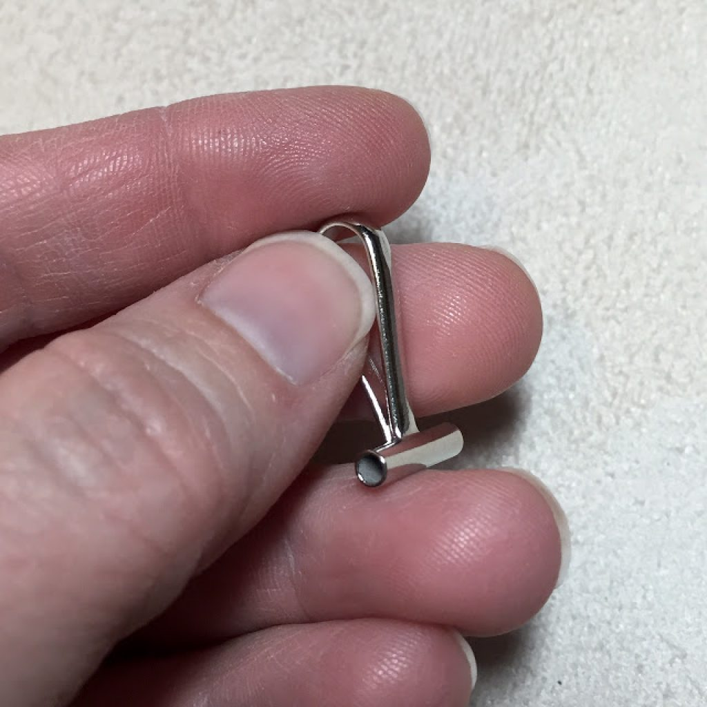 manufactured pin to necklace converter