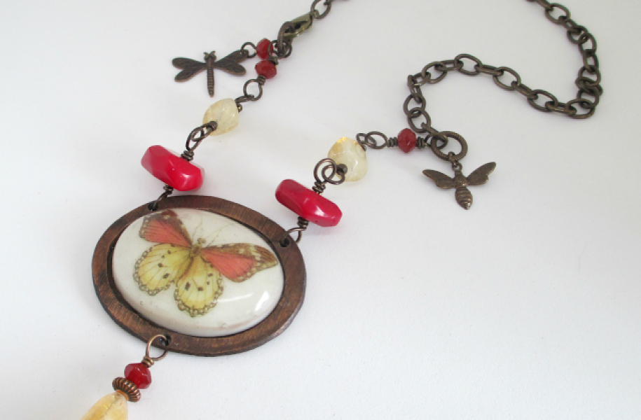 Butterflynecklace1-3